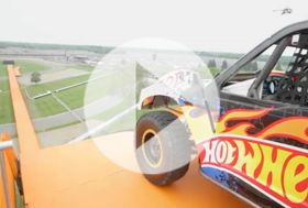 Hot Wheels Fearless at 500 – nepovedený pokus