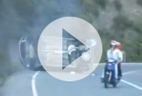 Peugeot 206 - crash video